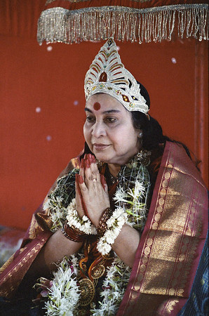 Shri Mahakali Puja, 19 December 1982, Lonavala India (Matthew Fogarty photo)