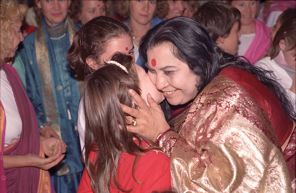 "• Shri Mahalakshmi Puja, 9 October 1987, Mechelen Belgium (Herbert Reininger photo) • to download a 113.8 MB tiff image, click the ""large photos"" link at the bottom of any page."