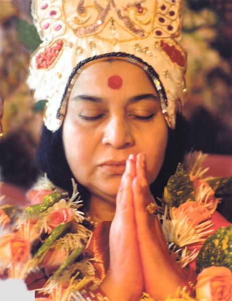 Shri Rajalakshmi Puja, Paris, June 1983 (Original file size: 108.6 MB tiff)