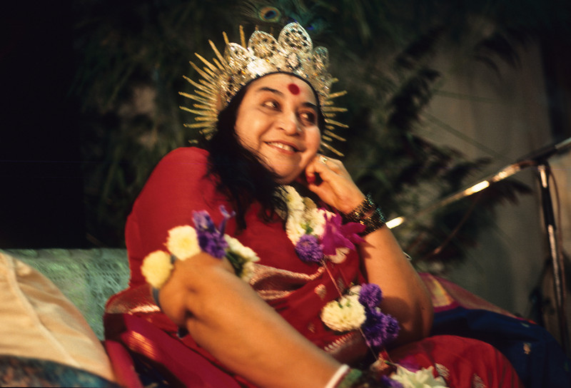 • Shri Krishna Puja, Switzerland, 1986 (Gregoire de Kalbermatten photo)