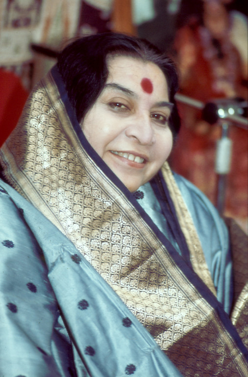 """Shri Mataji 1981 > to download a 74.5 MB tiff image, click the """"large photos"""" link at the bottom of any page."""