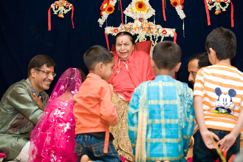 Easter Puja, 23 March 2008, Nagpur (Calin Chirou)