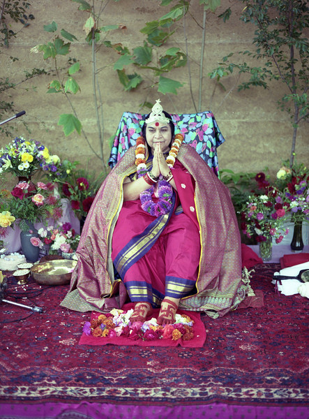 Shri Mahavira Puja, 28 March 1991, Gidgeganup near  Perth Australia (Matthew Fogarty photo)