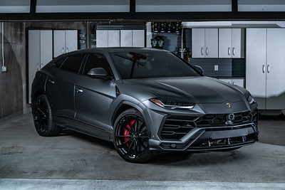 Automotive Shoot with Lamborghini URUS