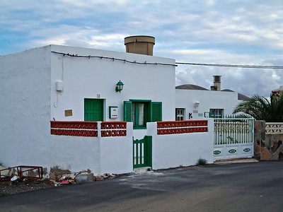 Fuerteventura, El Cotillo, Canary house near El Cotillo.