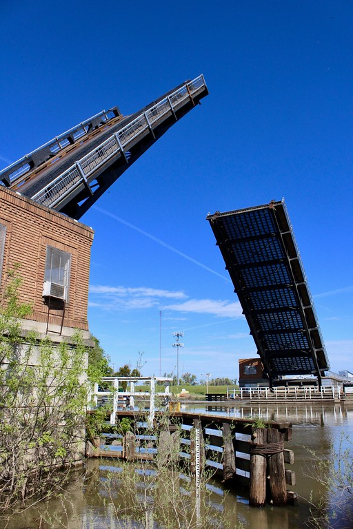 . HANS PETER - DAILY DEMOCRAT The Knights Landing bridge lifted as part of routine testing. Otherwise, very little traffic requires the historic structure to part.