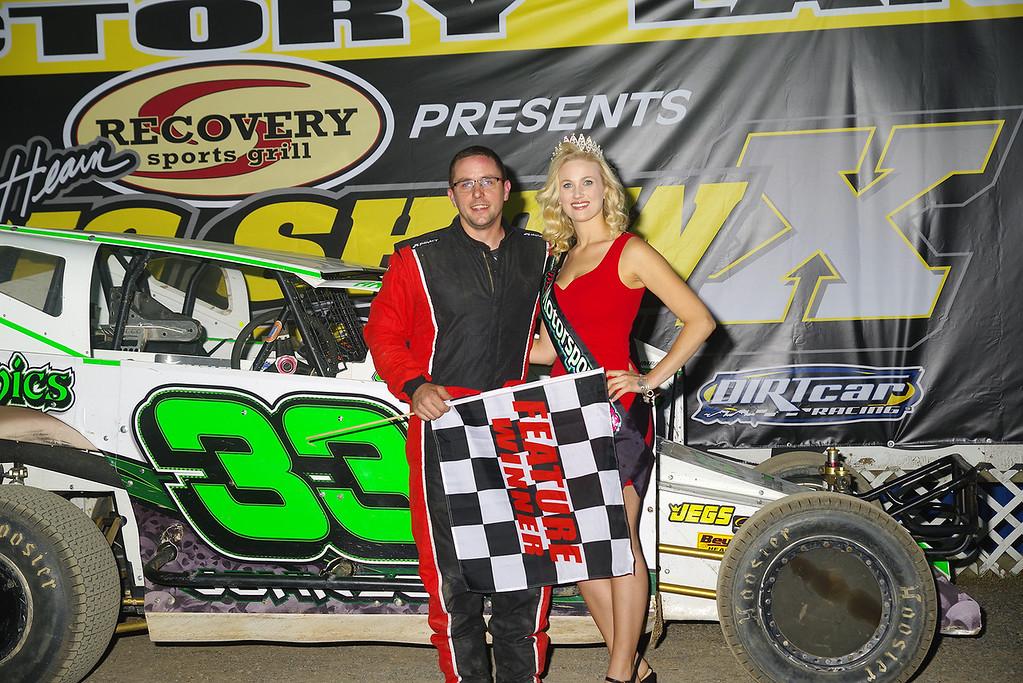 . Sportsman winner Chris Johnson #33J w/Ms Motorsports courtesy Kustom Keepsakes, Mark Brown/Ryan Karabin. For reprints vist: https://nepart.smugmug.com