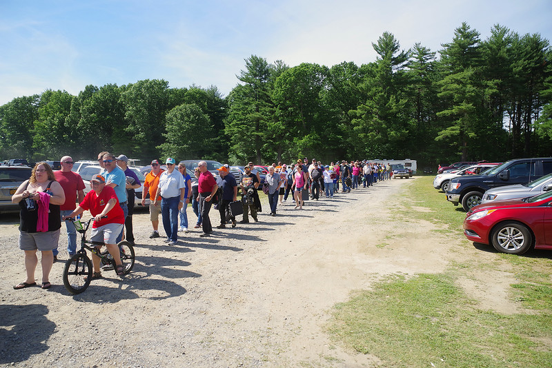 "Crowd waiting to get in to the BIG SHOW courtesy Kustom Keepsakes, Mark Brown/Ryan Karabin. For reprints vist: <a href=""https://nepart.smugmug.com"">https://nepart.smugmug.com</a>"