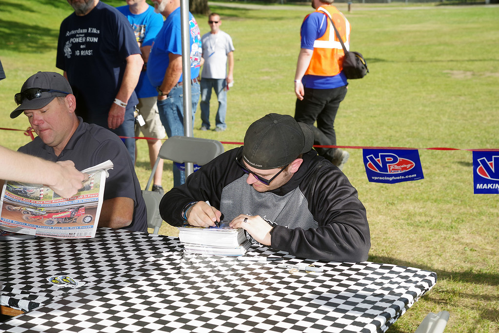 . Autograph session Keith Flach & Jimmy Phelps courtesy Kustom Keepsakes, Mark Brown/Ryan Karabin. For reprints vist: https://nepart.smugmug.com