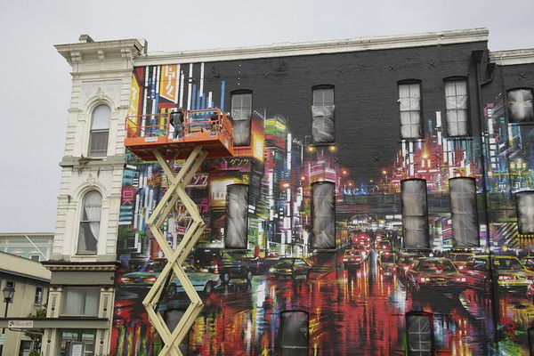PHOTOS: Giant mural on Buhne Building in Old Town