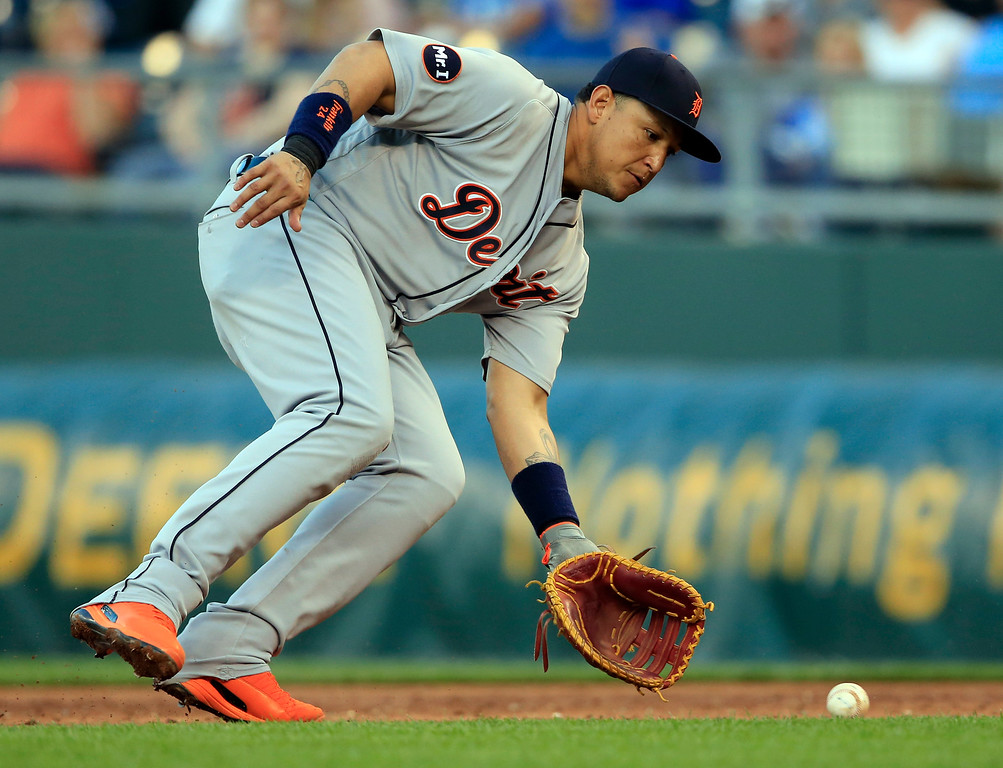 . Detroit Tigers first baseman Miguel Cabrera fields a ground ball hit by Kansas City Royals\' Mike Moustakas during the third inning of a baseball game at Kauffman Stadium in Kansas City, Mo., Tuesday, May 30, 2017. Cabrera threw out Moustakas on the play. (AP Photo/Orlin Wagner)