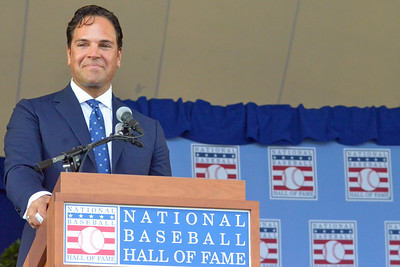 KYLE MENNIG - ONEIDA DAILY DISPATCH Mike Piazza gives his speech at the National Baseball Hall of Fame Induction Ceremony in Cooperstown on Sunday, July 24, 2016.