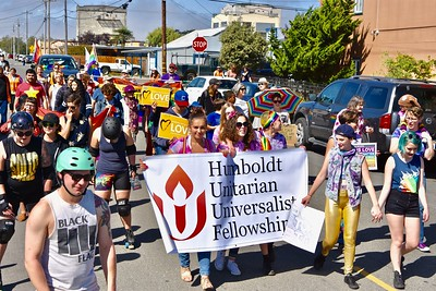 The local Unitarians march down Ninth Street for Redwood Pride. (Jose Quezada — For the Times-Standard)