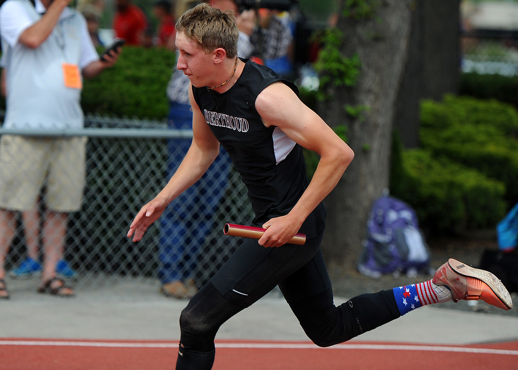 . Berthoud\'s Brock Voth runs the 4x200-meter relay at the 2018 state track and field championships on Thursday, May 17, 2018 at Jeffco Stadium in Lakewood. (Sean Star/Loveland Reporter-Herald)