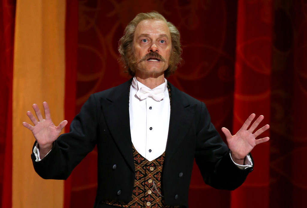 ". David Hyde Pierce performs with the cast of ""Hello Dolly!\"" at the 71st annual Tony Awards on Sunday, June 11, 2017, in New York. (Photo by Michael Zorn/Invision/AP)"