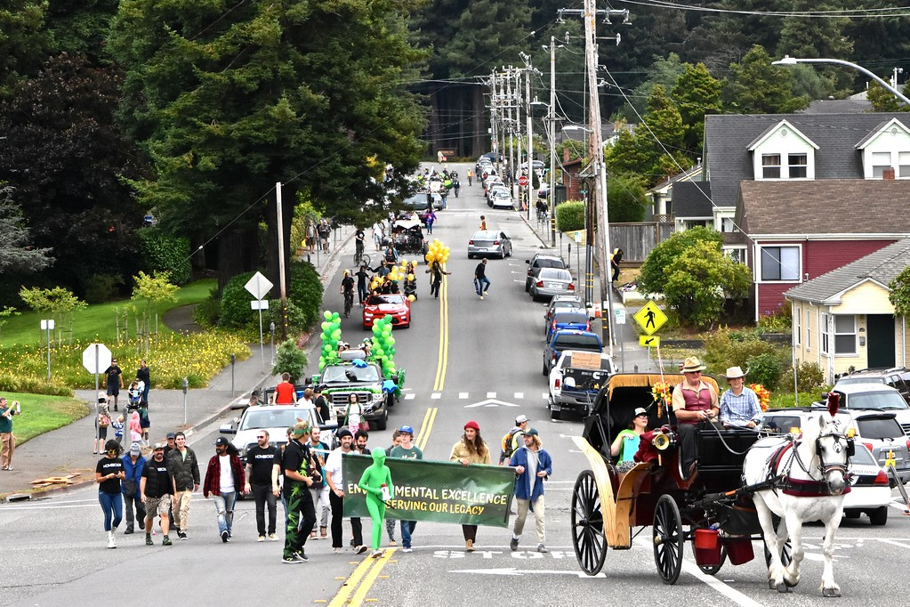 . A novel kind of history was made Saturday as the Yes We Cann Parade & Hullabaloo cannabis celebration wended from Humboldt State University, through Arcata ending at the Arcata Ball Park, scene of a very green festival. Jose Quezada � For Times-Standard