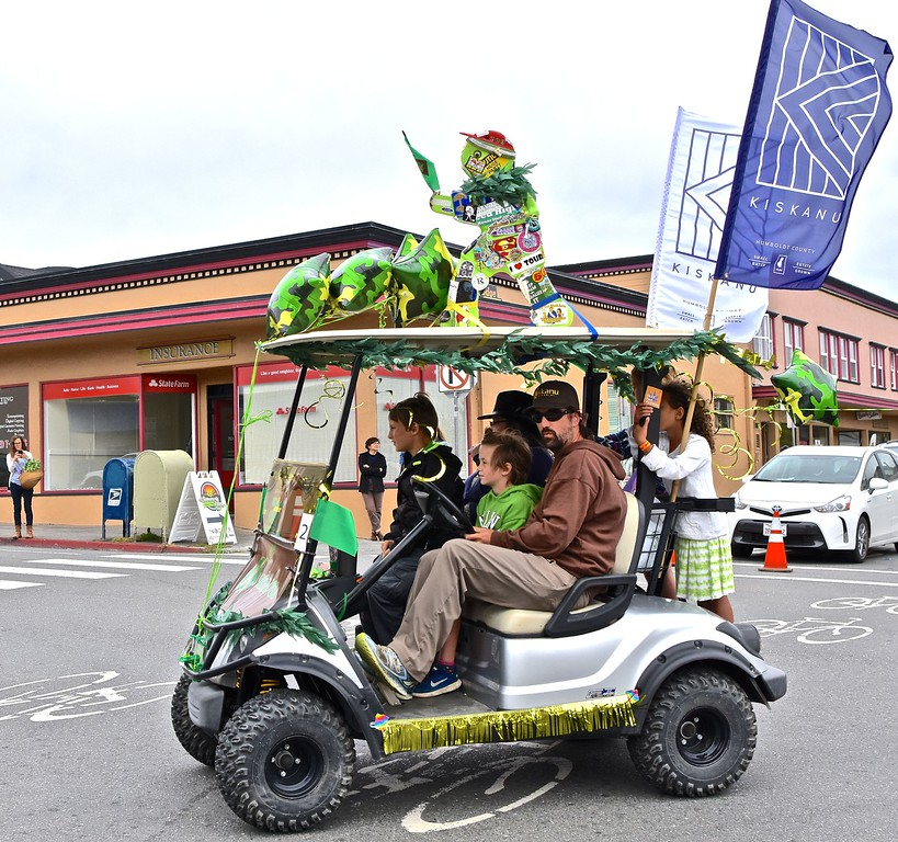 . Fitting in the entire family for the parade with this Kiskanu entry.  José Quezada�For the Times-Standard
