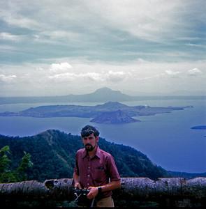 Shipmate James Dant (Manila Bay, Philippines, 1971)