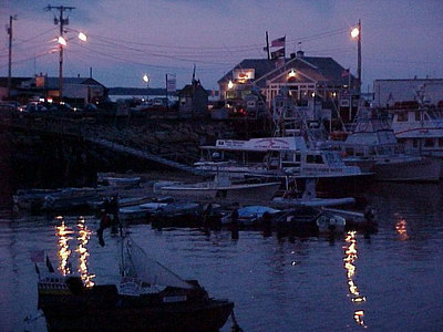TRANQUIL WATERFRONT AT PLYMOUTH, MASSACHUSETTS (Aug 28, 2000)