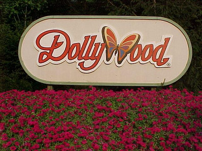 DOLLYWOOD, PIGEON FORGE, TN August 8, 2000