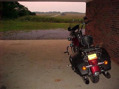 OVERNIGHT STOP: Motel at Cadiz, Kentucky (Aug 1, 2000)