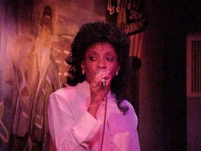 BLUES SINGER ON BOURBON STREET (New Orleans, Sept 14, 2000)