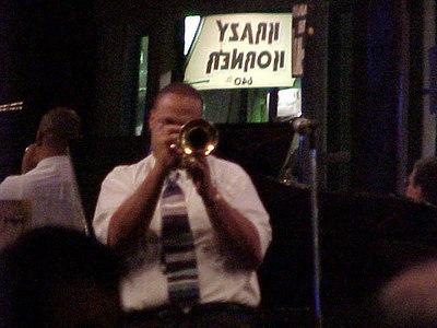 JAZZ PLAYER ON BOURBON STREET (New Orleans, Sept 13, 2000)