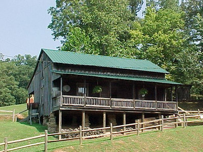 REPLICA OF LORRETTA LYNN'S CHILDHOOD HOME (August 2001)
