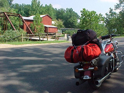 ARRIVING HURRICANE MILLS, TENNESSEE (August 2001)