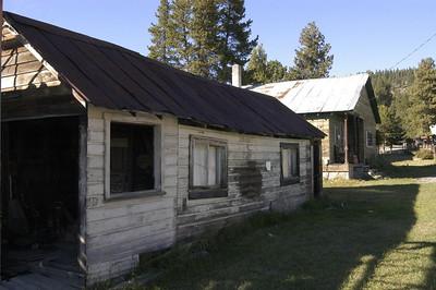 LOCAL HOUSING -- Sumpter, Oregon (Sept 2004)