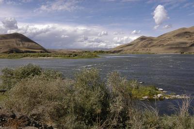 Snake River near Huntington, Oregon (Sept 2004)