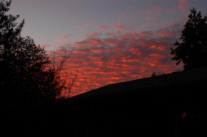 Sunset Over Hills Street (Oakridge, Oregon Nov 8, 2007)