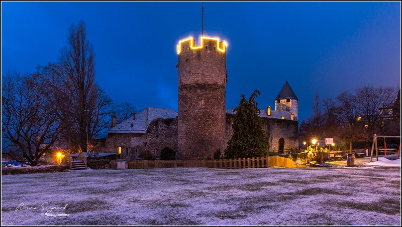 Morning snowy  -  Château de la Tour-de-Peilz   -  Suisse