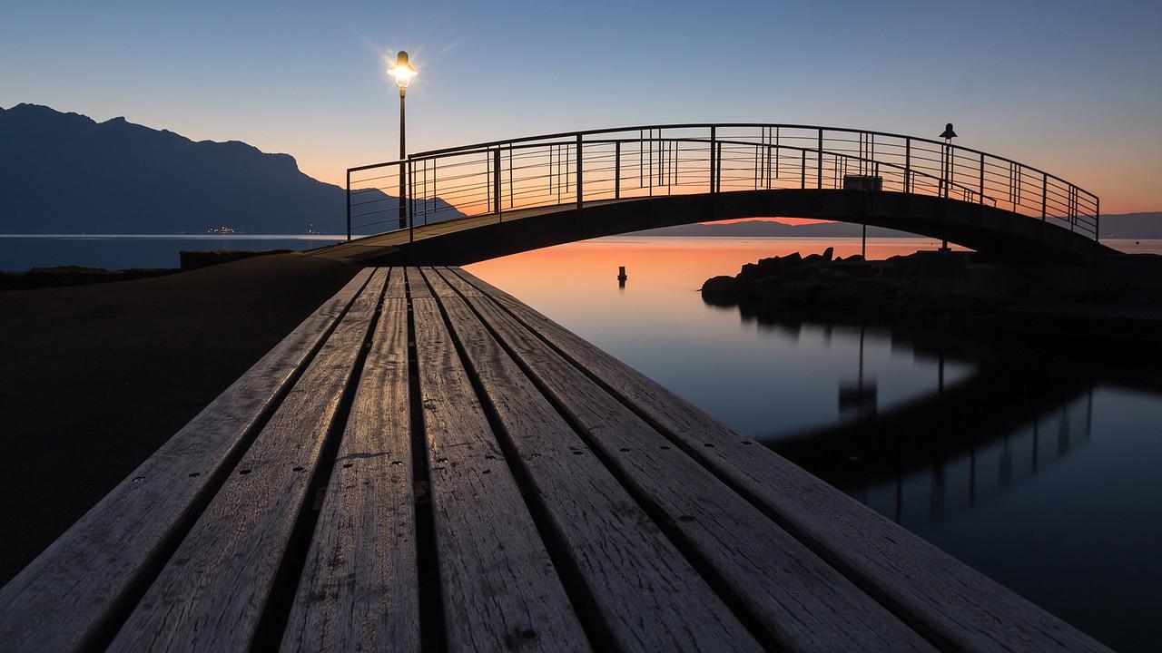 La Tour de Peilz  - Lac Léman  -  Suisse  -