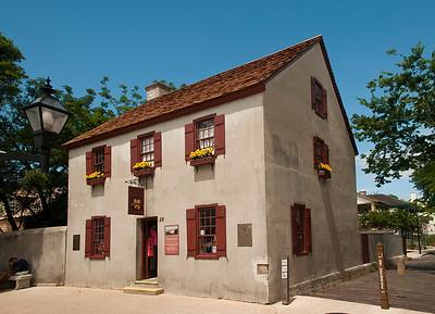 Oliveros House
