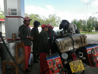 Fuel stop interest/ Bajawa