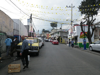 Miracle, a quiet street in Mex City