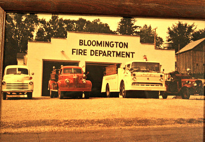 BLOOMINGTON VFD  OLD GROUP SHOT