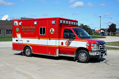 BEDFORD PARK FD  AMBULANCE 701