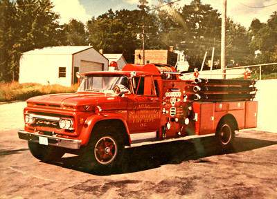 BLOOMINGTON VFD ENGINE 5 GMC RED
