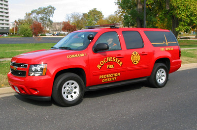 Rochester FD Command car outside