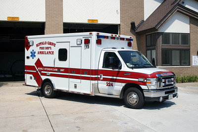 BUFFALO GROVE AMBULANCE 27