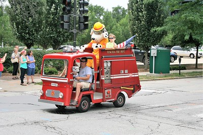 TUSCOLA PARADE VEHICLE