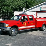 GARDEN HOMES  SQUAD 2525  1999 FORD F-450 - READING