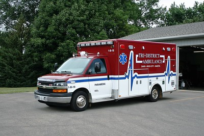 TRI-DISTRICT AMBULANCE 1-B-18   CHEVY 4500 - MEDTEC