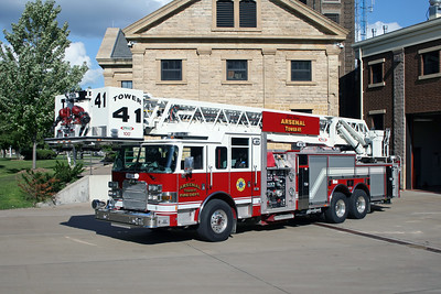 ARSENAL  TOWER 41  2011 PIERCE ARROW XT  2000-300-100'  #24153