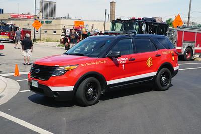 CHICAGO  BATTALION 1  FORD EXPLORER