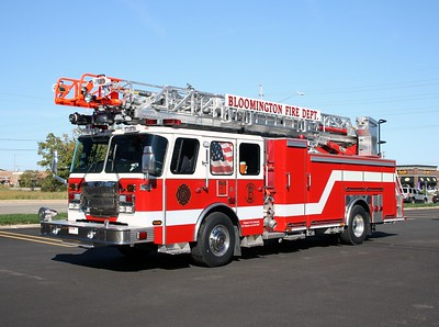 BLOOMINGTON  TRUCK 1  E-ONE CYCLONE II   75'