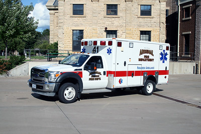 ARSENAL  AMBULANCE 41  2012FORD F450 - WHEELED COACH
