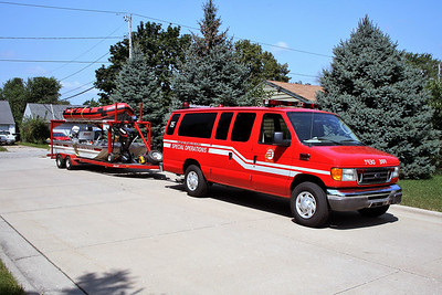 BELOIT  RESCUE 15  WATER RESCUE VAN - TRAILER